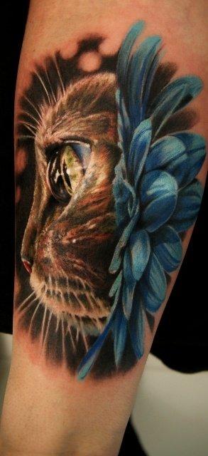 Beautiful 3D cat tattoo